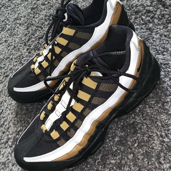 Nike tnt